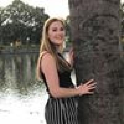 Britt zoekt een Kamer / Studio / Huurwoning / Appartement in Haarlem