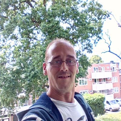 Frenk zoekt een Appartement / Huurwoning / Kamer / Studio in Haarlem